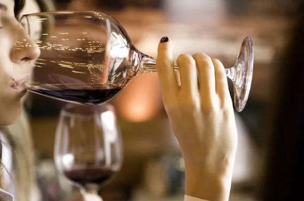 葡萄酒1.jpg